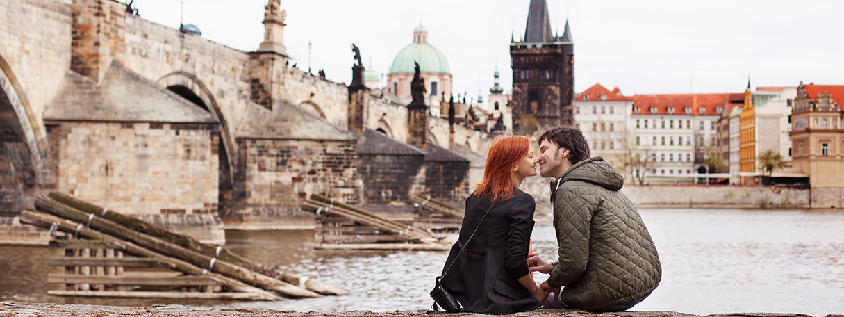 couple in a romantic european city