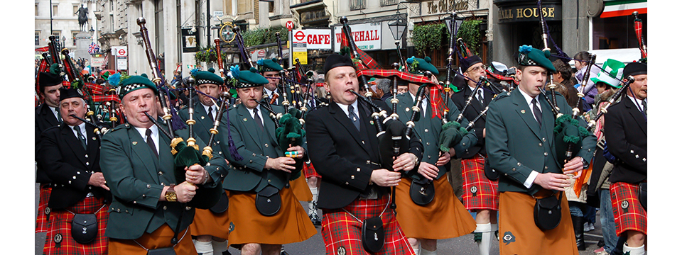 bagpipers_in_London