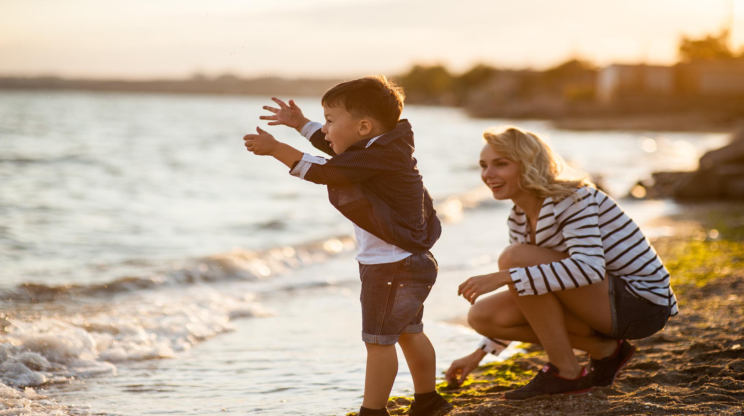 Au pair with child